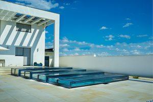 flat pool enclosure