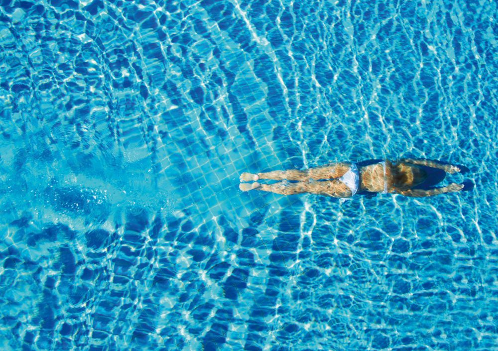 Avoid evaporation of pool water